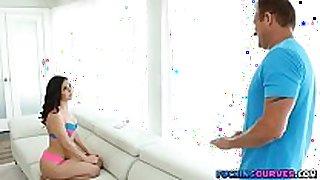 Stepdad catches daughter twerking