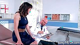 Hardcore sex act between doctor and sexy floozy pa...