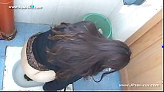 Chinese beauties go to toilet.13