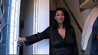 Spying aunt - greater quantity on www.69sexlive.com