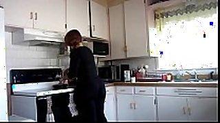Big booty in kitchen