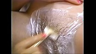 Retro porn - sexy golden-haired shaving black brown hair