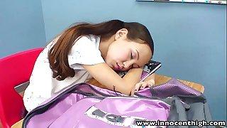 Innocenthigh teacher banging wasting away oriental girlhood grasping snatch