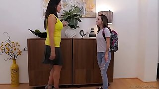 Lily jordan with an increment of an obstacle older reagan foxx - girlfriendsfilms