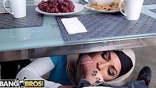 BANGBROS - Await Mia Khalifa &_ Julianna Vega Bonk Sean Lawless... With Bonus Content!