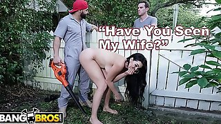 BANGBROS - Big Tits MILF Skyla Novea Cheats On Husband With The Gardener