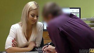 LOAN4K. Sin licencia de conducir, sexo con el agente de cré_dito
