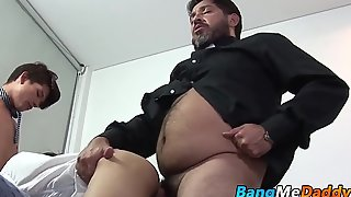 Hairy mature man has raw fucking trio with twinks
